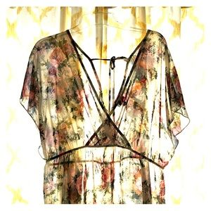 Cute blouse, like new